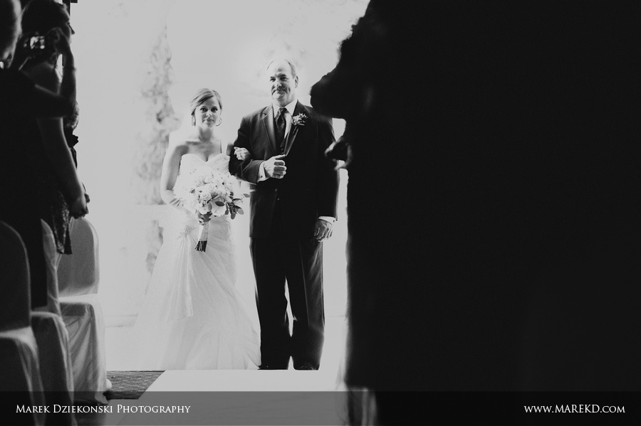 indianwood golf and country club lake orion michigan wedding photographer14 Megan and Keith are Married! | Wedding at Indianwood Golf and Country Club in Lake Orion, MI