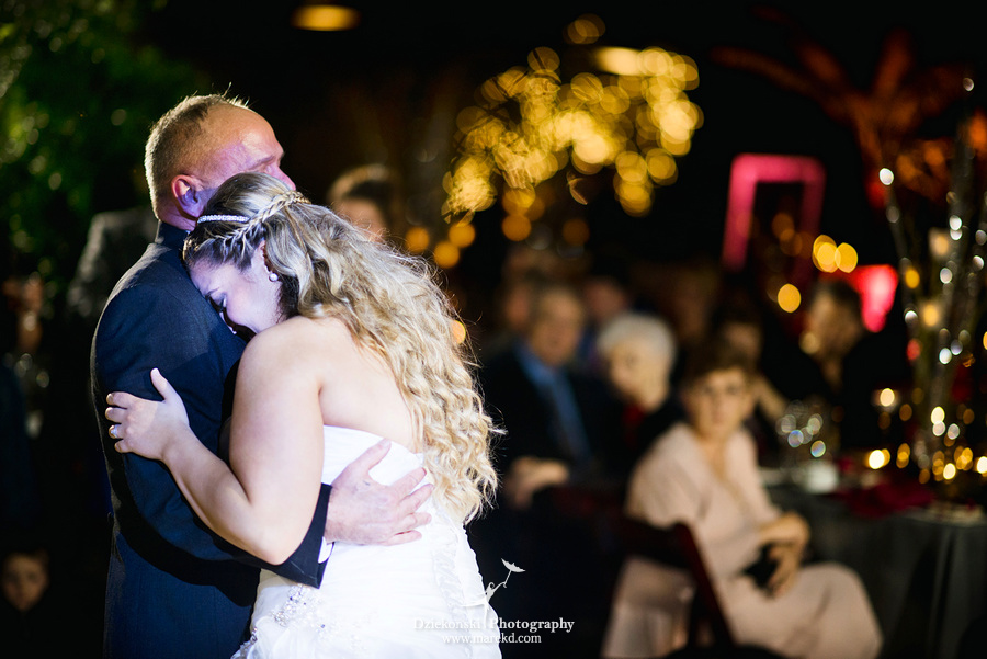Amanda Leigh wedding planterra conservatory west bloomfield michigan photographer exotic greenhouse ceremony43 Amanda and Leighs Winter Wedding at Planterra Conservatory in West Bloomfield, Michigan