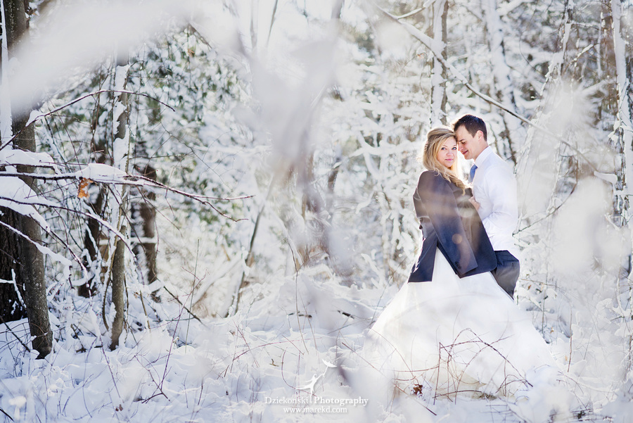 winter wedding red rock the dress clarkston forest snow cold photoshoot photography marek01 Lindsey and Nicks Winter Rock the Dress in a Snowy Forest | Clarkston MI