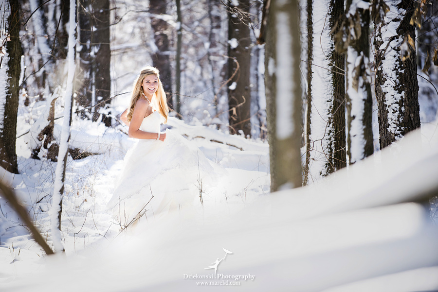 winter wedding red rock the dress clarkston forest snow cold photoshoot photography marek05 Lindsey and Nicks Winter Rock the Dress in a Snowy Forest | Clarkston MI