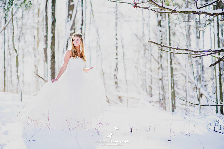 winter wedding red rock the dress clarkston forest snow cold photoshoot photography marek08 Lindsey and Nicks Winter Rock the Dress in a Snowy Forest | Clarkston MI