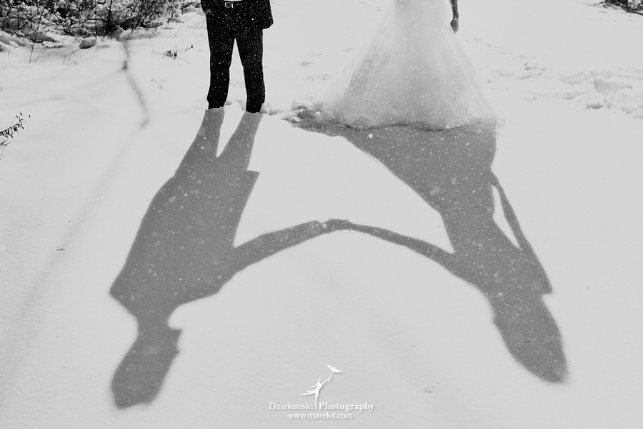 winter wedding red rock the dress clarkston forest snow cold photoshoot photography marek11 Lindsey and Nicks Winter Rock the Dress in a Snowy Forest | Clarkston MI