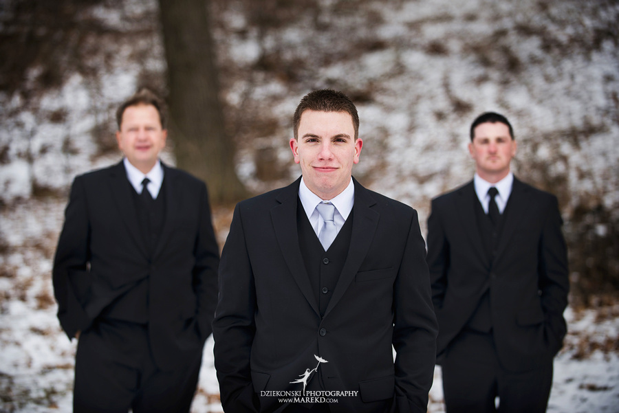 Kayleena Nick Heslip Whalen winter wedding photography pictues Howell michigan red snow11 Kayleena and Nicks Winter Wedding in Owosso, MI