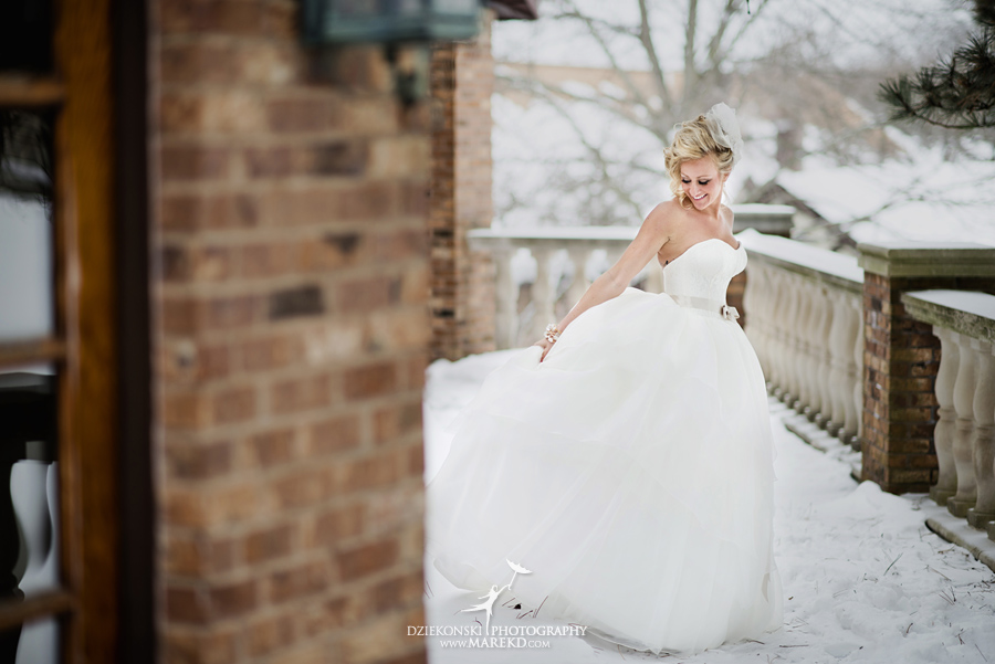 Breanna-Matt-wedding-winter-march-snow-indianwood-golf-and-country-club-lake-orion-ceremony-reception21