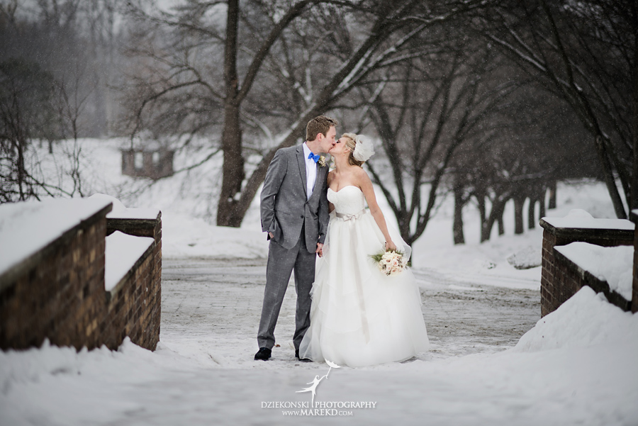 Breanna-Matt-wedding-winter-march-snow-indianwood-golf-and-country-club-lake-orion-ceremony-reception27