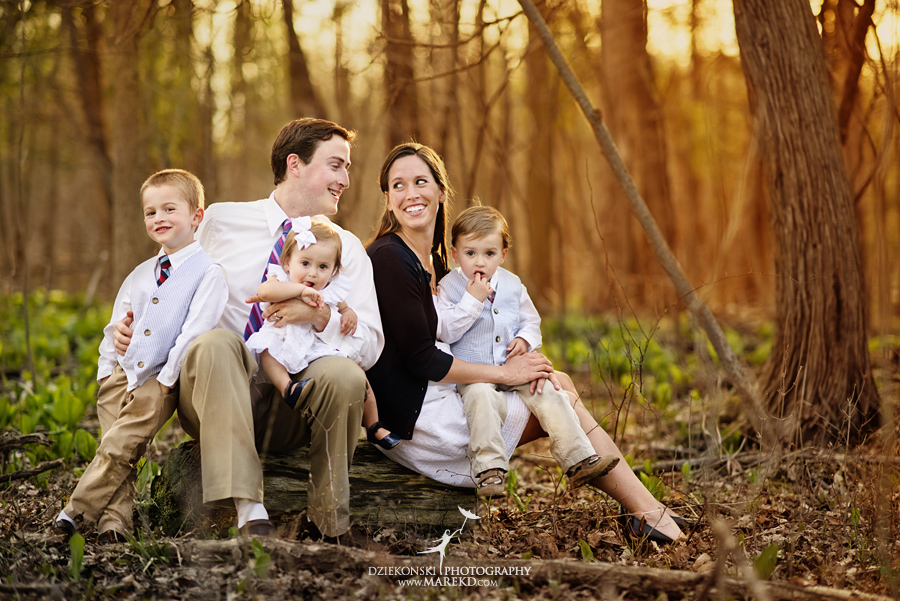 Groff Family Session At Clintonwood Park In Clarkston Mi