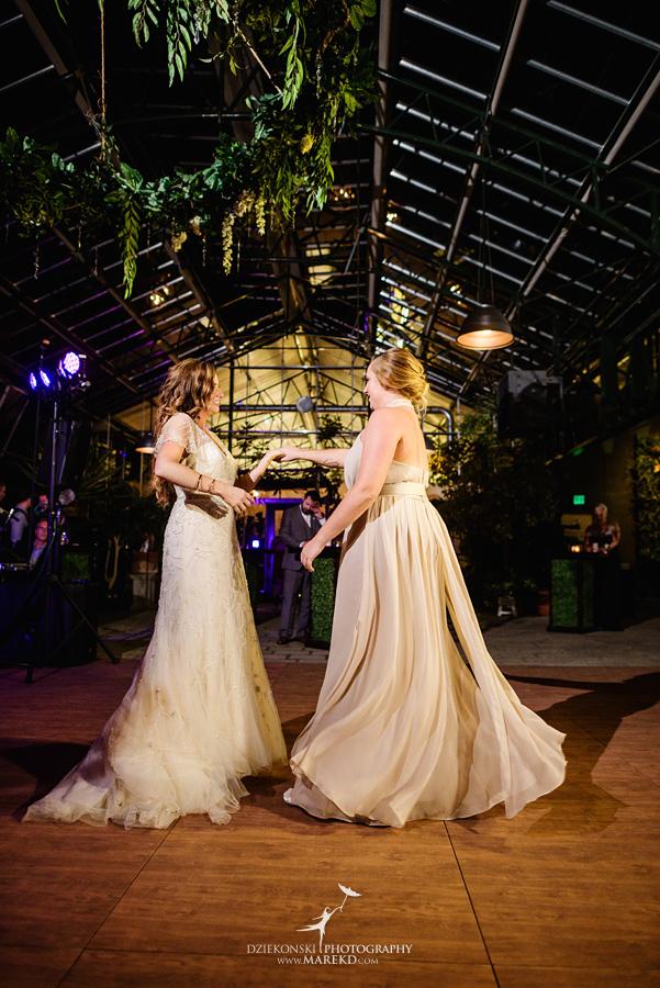 Wedding Dresses Lansing Mi 18 Stunning  deana steve wedding