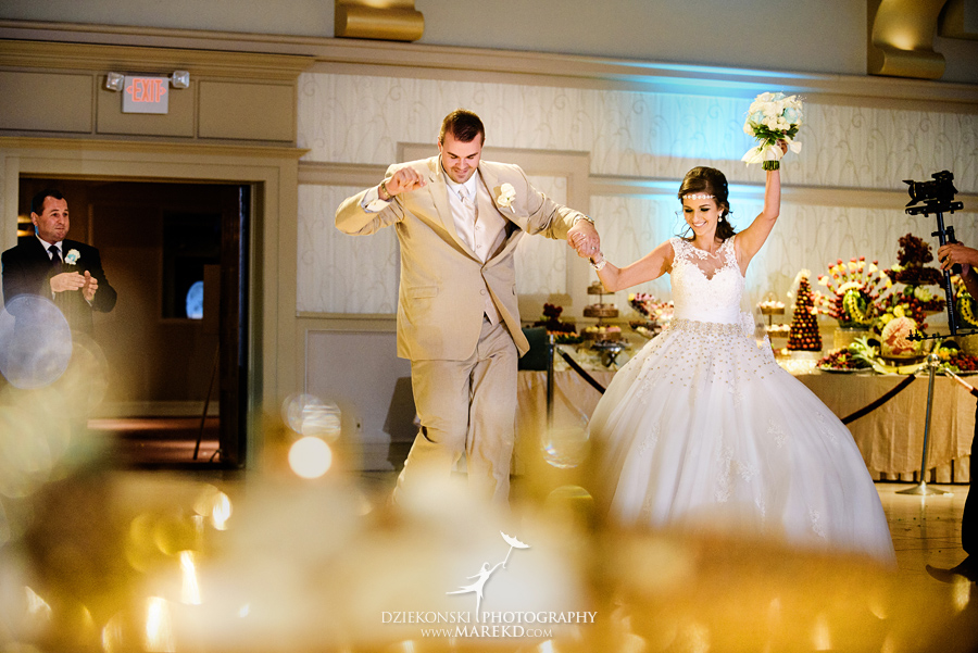 Detroit Wedding Bands 3 Spectacular  aneta krys wedding