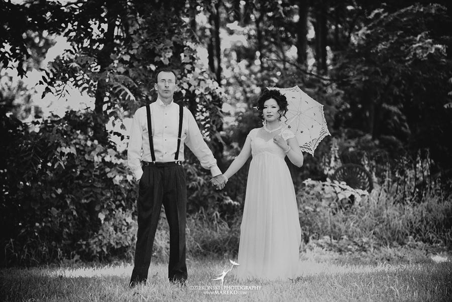 Crossroads Village flint michigan wedding photographer pictures umbrella fan223 - Test2