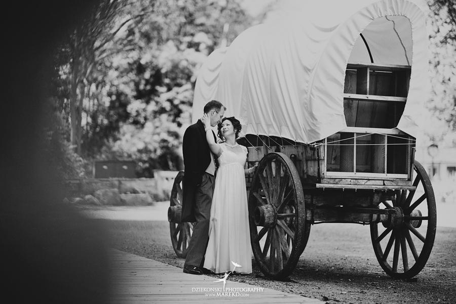 Crossroads Village flint michigan wedding photographer pictures umbrella fan263 - Test2