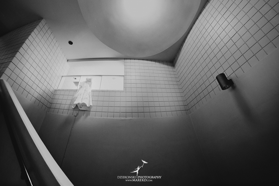 lauren mike atlas valley golf country club grand blanc holy family catholic church michigan wedding photographer pictures05 - Lauren and Mike