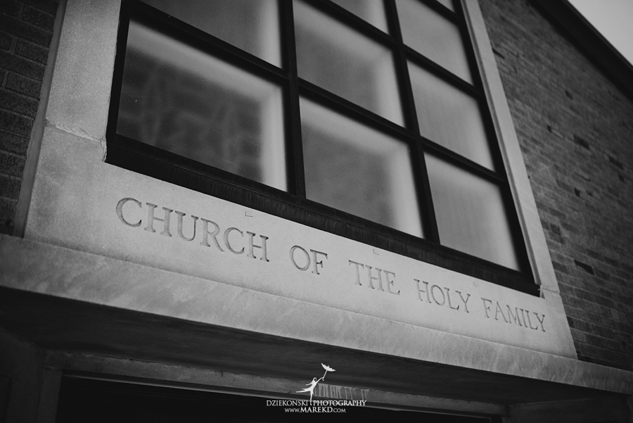 lauren mike atlas valley golf country club grand blanc holy family catholic church michigan wedding photographer pictures08 - Lauren and Mike
