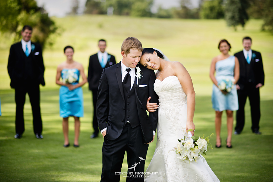 lauren mike atlas valley golf country club grand blanc holy family catholic church michigan wedding photographer pictures20 - Lauren and Mike