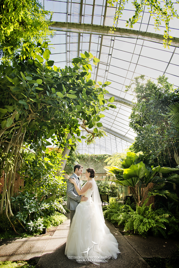 Alina Levi wedding photographer pictures ann arbor michigan mathei botanical gardens webers inn summer yellow twofoot creative bill hamilton designs17 - Alina and Levi