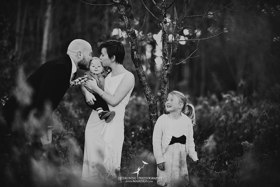 bennett family portraits picutres photographer clarkston michigan orion oaks park sunset fall05 - Bennett Family Fall Pictures at Sunset in Clarkston, MI