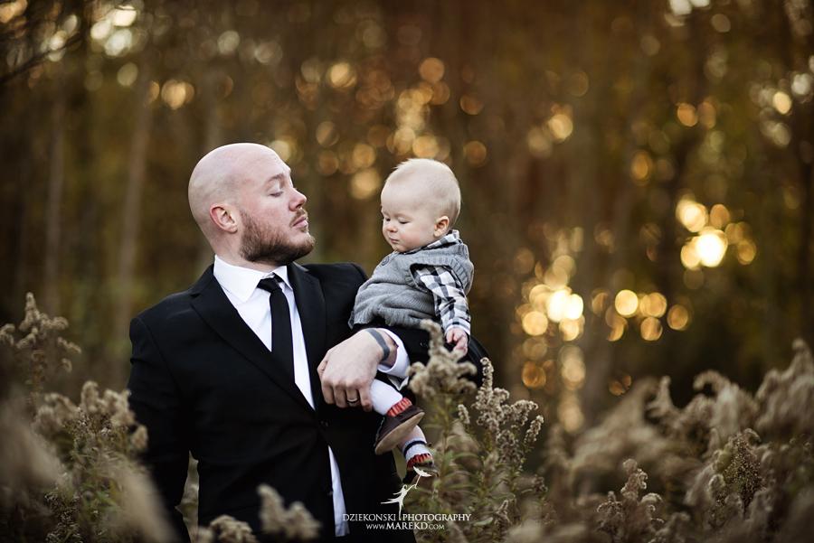 bennett family portraits picutres photographer clarkston michigan orion oaks park sunset fall09 - Bennett Family Fall Pictures at Sunset in Clarkston, MI