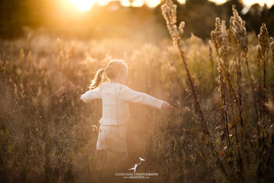 bennett family portraits picutres photographer clarkston michigan orion oaks park sunset fall18 - Bennett Family Fall Pictures at Sunset in Clarkston, MI