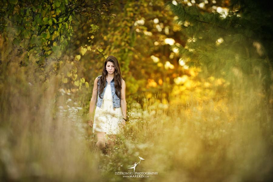shannon_disalle_senior_pictures_clarkston_lake_orion_oaks_park_michigan_original_different_bow_props_fall_susnet6