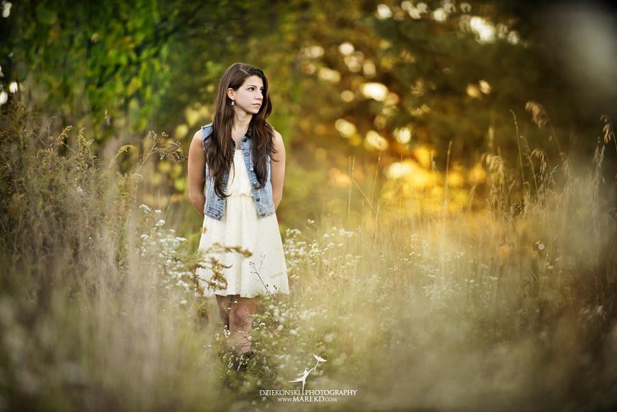 shannon_disalle_senior_pictures_clarkston_lake_orion_oaks_park_michigan_original_different_bow_props_fall_susnet7