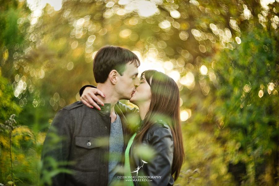 engagement-pictures-photographer-mighigan-nichols-arboretum-nickels-arcade-ann-arbor-nature-fall-sunset-kasia-david06