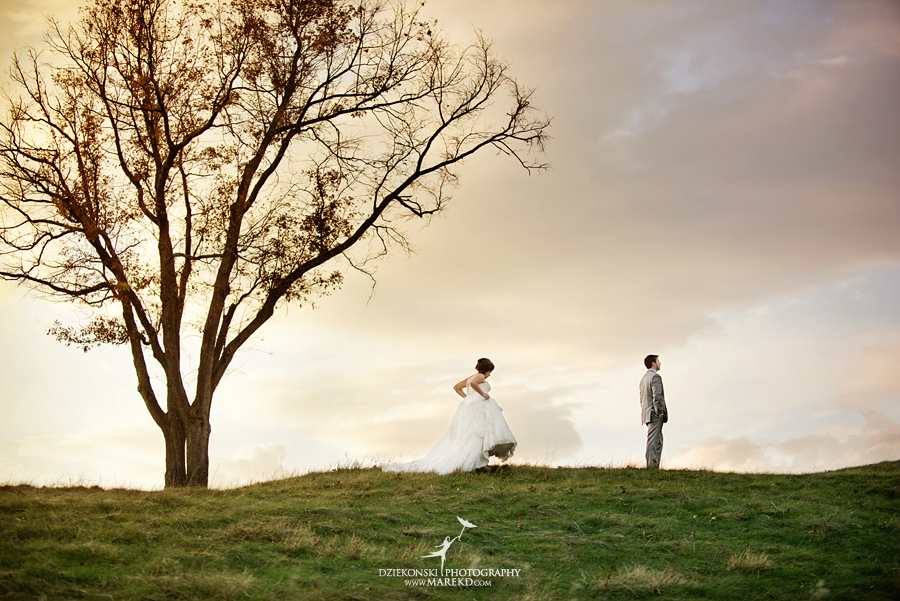 indianwood gold and country club lake orion wedding photography couple fall sunset ceremony michigan top best01 - Kristin and Jason