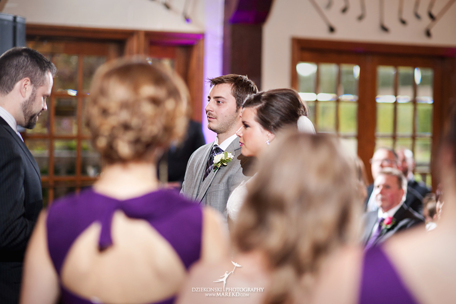 indianwood gold and country club lake orion wedding photography couple fall sunset ceremony michigan top best17 - Kristin and Jason