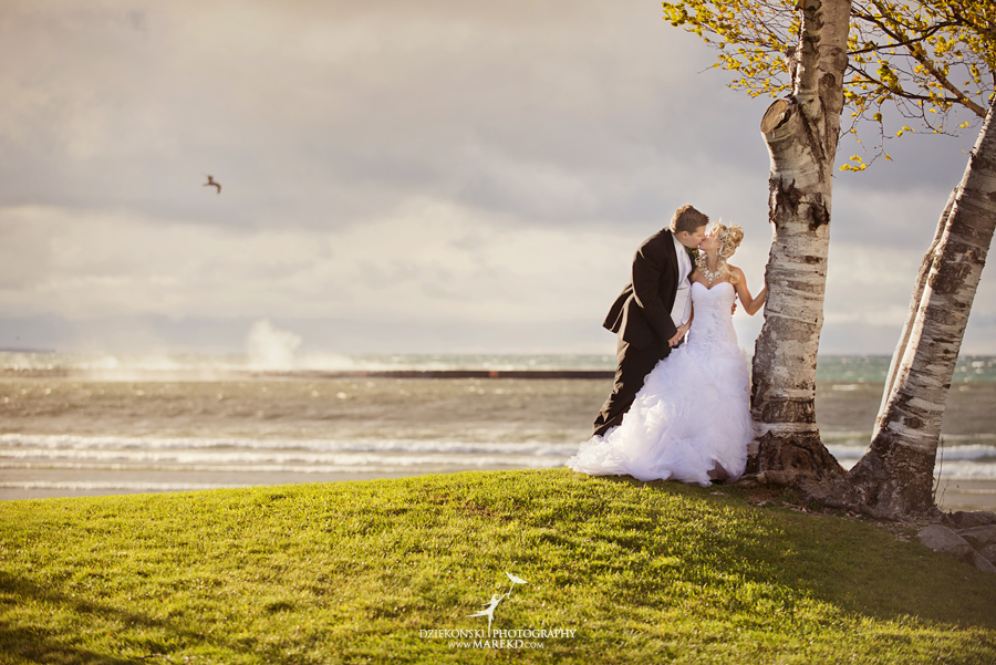 Jennifer_Andrew_catholic-mass-up-north-fall-petoskey-shore-water-michigan-wedding-photographer02