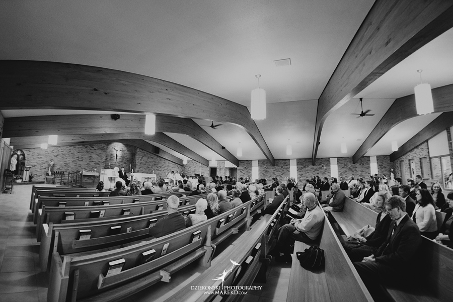 Jennifer_Andrew_catholic-mass-up-north-fall-petoskey-shore-water-michigan-wedding-photographer11