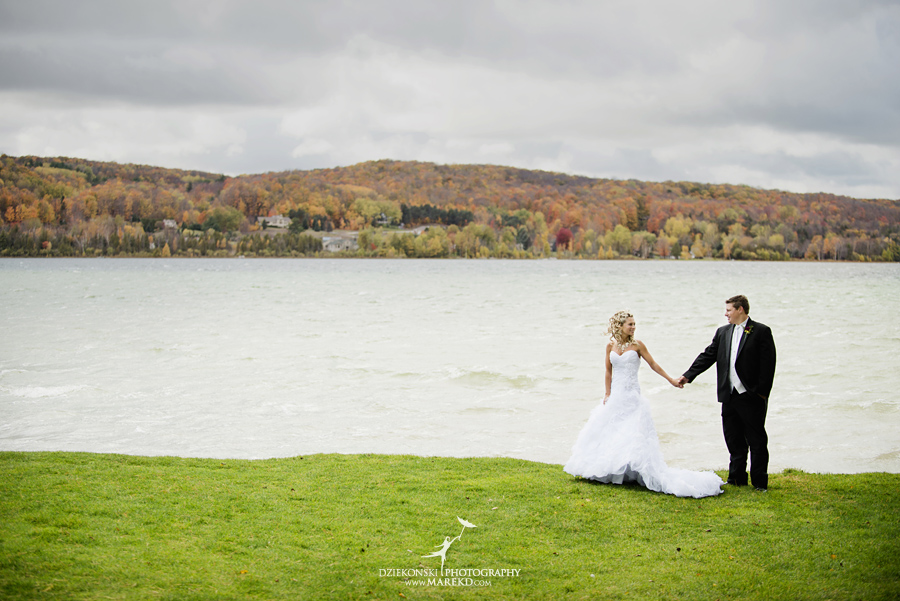 Jennifer_Andrew_catholic-mass-up-north-fall-petoskey-shore-water-michigan-wedding-photographer20