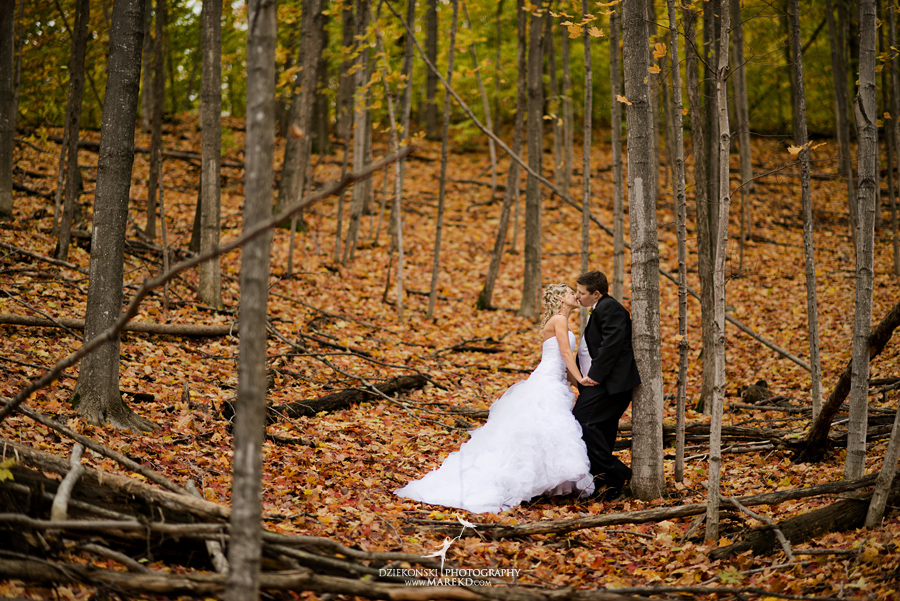 Jennifer_Andrew_catholic-mass-up-north-fall-petoskey-shore-water-michigan-wedding-photographer22