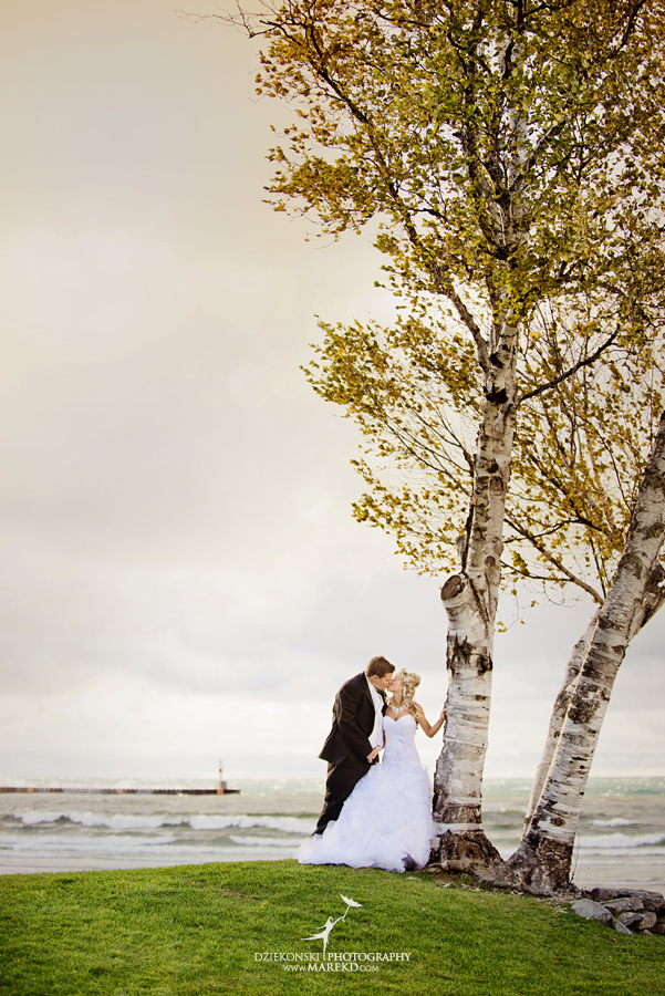 Jennifer_Andrew_catholic-mass-up-north-fall-petoskey-shore-water-michigan-wedding-photographer23