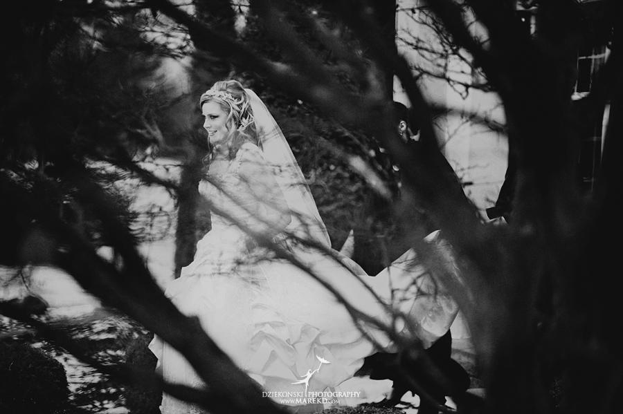 Tiffany Josh reception cherry creek michigan shelby township winter wedding snow cold fur white golf country club08 - Tiffany and Josh