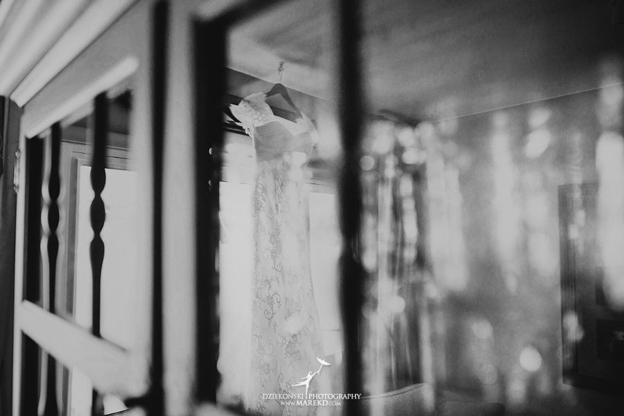 winter_wedding-michigan-orchard-lake-snow-storm-white-cold-dress-first-look-ideas-klellie-nick-st-marys-january-sommerset-in-troy07