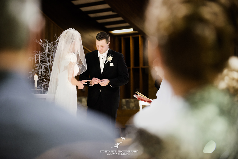 winter_wedding-michigan-orchard-lake-snow-storm-white-cold-dress-first-look-ideas-klellie-nick-st-marys-january-sommerset-in-troy35