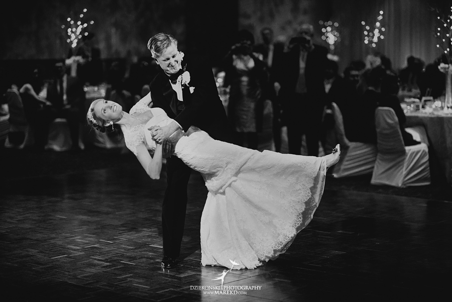 winter_wedding-michigan-orchard-lake-snow-storm-white-cold-dress-first-look-ideas-klellie-nick-st-marys-january-sommerset-in-troy56