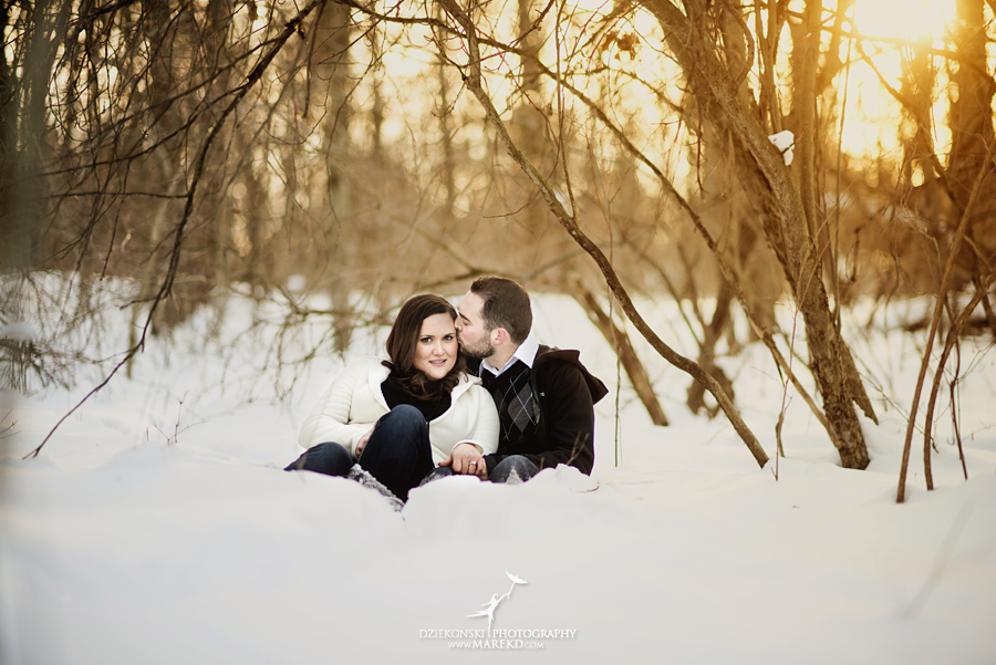 Emily_David_pictures-engagement-session-sunset-winter-cold-snow-february-nature-woods-clarkston-michigan-metro-detroit01