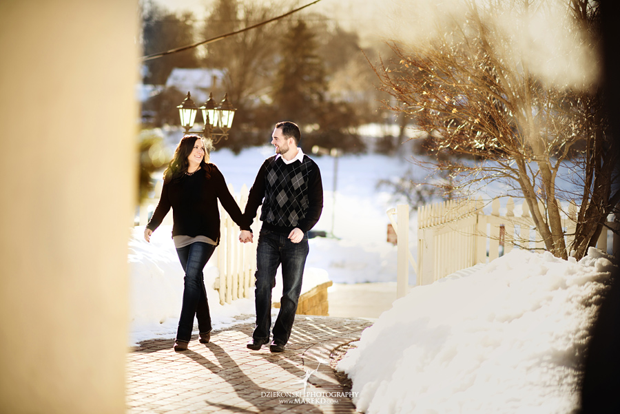 Emily_David_pictures-engagement-session-sunset-winter-cold-snow-february-nature-woods-clarkston-michigan-metro-detroit02