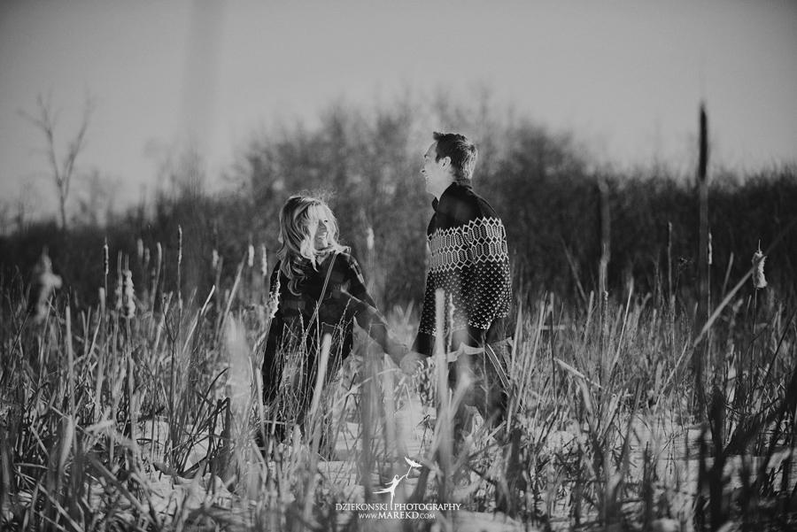 wedding_engagement-session-breanna-matt-metro-detroit-clarkston-portrait-artistic-winter-cold-snow-february-park-woods-field04
