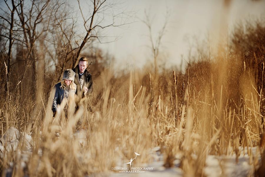 wedding_engagement-session-breanna-matt-metro-detroit-clarkston-portrait-artistic-winter-cold-snow-february-park-woods-field06