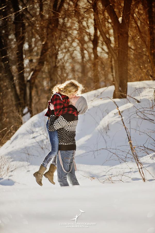 wedding_engagement-session-breanna-matt-metro-detroit-clarkston-portrait-artistic-winter-cold-snow-february-park-woods-field08