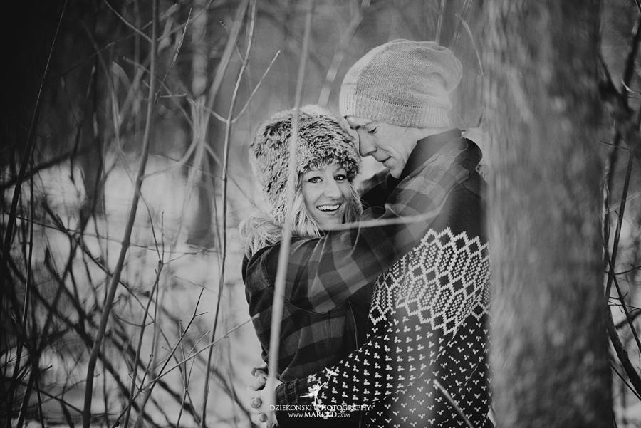 wedding_engagement-session-breanna-matt-metro-detroit-clarkston-portrait-artistic-winter-cold-snow-february-park-woods-field09