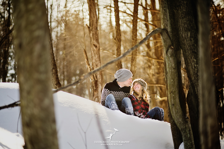 wedding_engagement-session-breanna-matt-metro-detroit-clarkston-portrait-artistic-winter-cold-snow-february-park-woods-field11