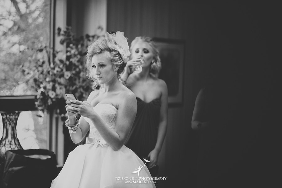 Breanna-Matt-wedding-winter-march-snow-indianwood-golf-and-country-club-lake-orion-ceremony-reception10