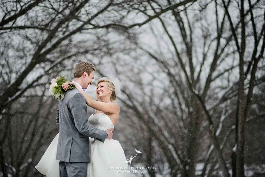 Breanna-Matt-wedding-winter-march-snow-indianwood-golf-and-country-club-lake-orion-ceremony-reception29
