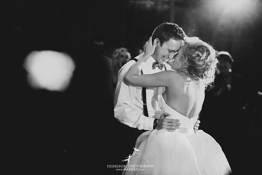 Breanna-Matt-wedding-winter-march-snow-indianwood-golf-and-country-club-lake-orion-ceremony-reception43