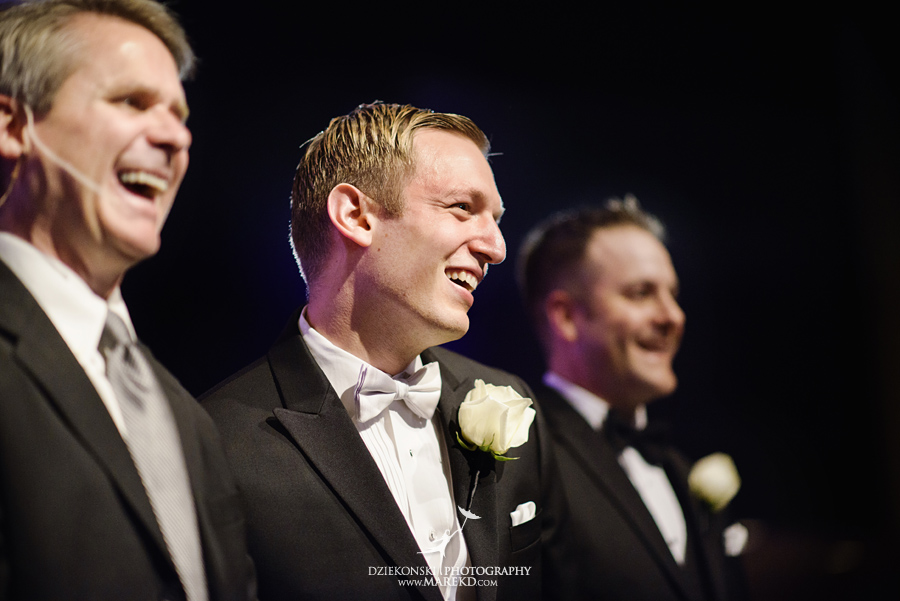 Lindsay-Daniel-metro-detroit-infinity-ovation-water-wedding-ceremony-reception-cruise-michigan02