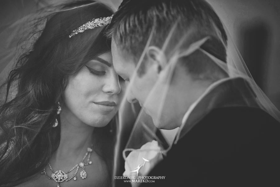 Lindsay-Daniel-metro-detroit-infinity-ovation-water-wedding-ceremony-reception-cruise-michigan13