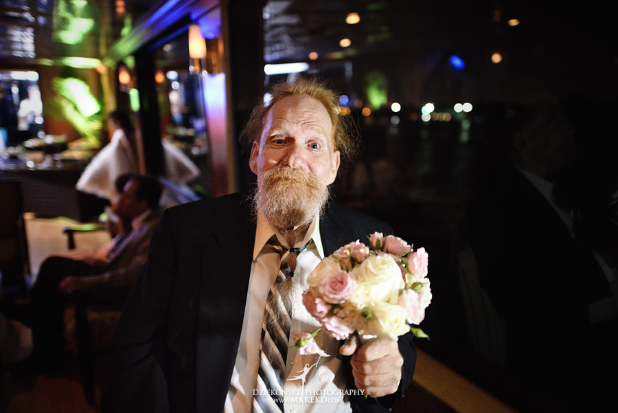 Lindsay-Daniel-metro-detroit-infinity-ovation-water-wedding-ceremony-reception-cruise-michigan28