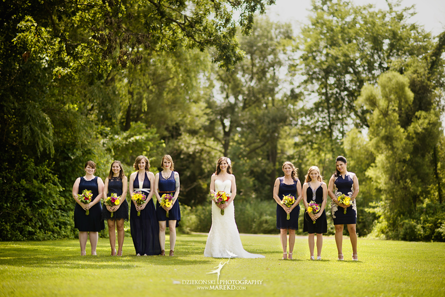 Stephanie-Adam-waldenwoods-resort-summer-wedding-hartland-ceremony-lake-outdoor-tent09