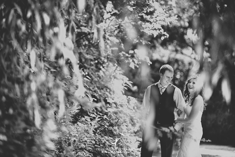 Stephanie-Adam-waldenwoods-resort-summer-wedding-hartland-ceremony-lake-outdoor-tent16
